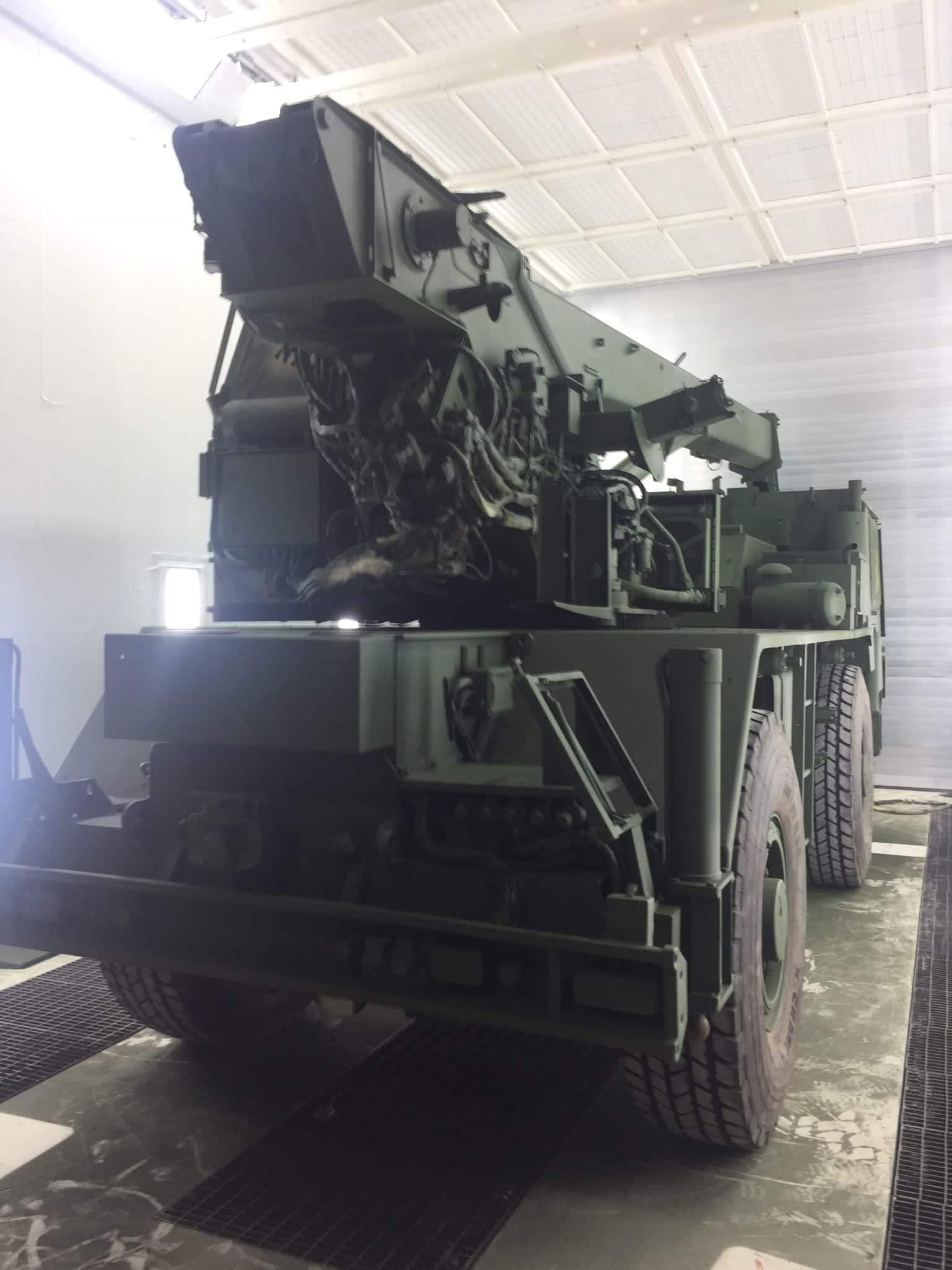 IMG 2557 - Bundeswehr - Lackieren eines Kranwagens
