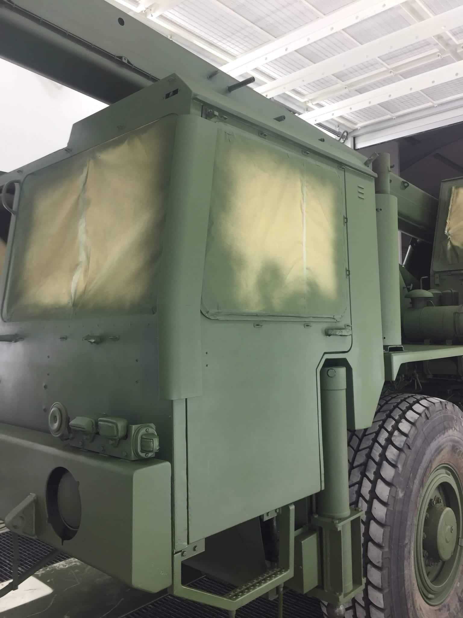 IMG 2559 - Bundeswehr - Lackieren eines Kranwagens