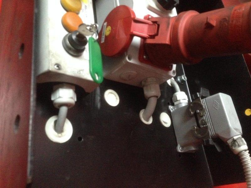 6B3537D0 40F0 4B87 A71B C5A00BFE25BC 800x600 - Kundendienst - Reparaturen - Wartungen