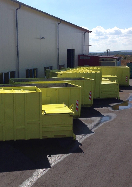 Pressen warten - Presscontainer und Container zum mieten oder kaufen